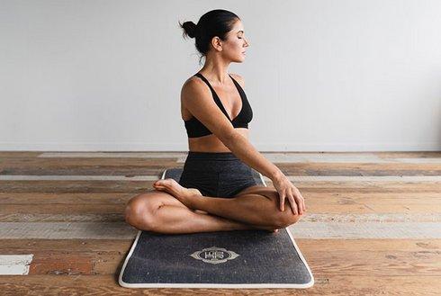 Yoga in der Erlebnistherme Zillertal