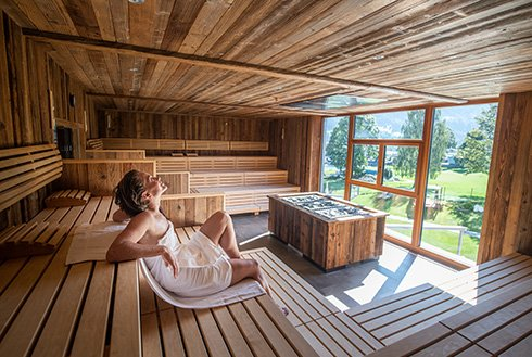 Sauna mit Panoramafenster